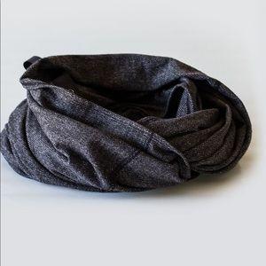 NWT lululemon Vinyasa Scarf black herringbone